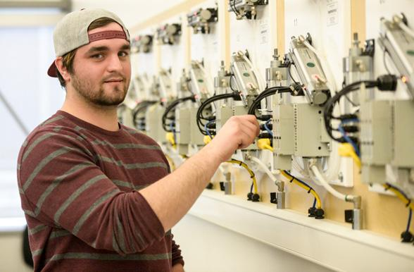 electrical engineering technician power   mohawk college